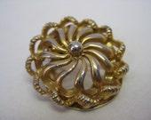 Gold - vintage scarf clip