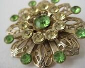 Flower Brooch Green Filigree Gold Rhinestone Vintage Pin
