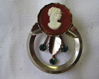 Cute Cameo - brooch