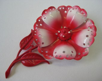 Very Pretty Flower - brooch
