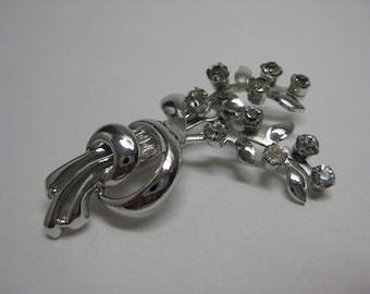 Silver Twinkle Flower Bouquet - brooch