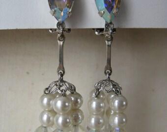 Aurora Pearls Dangle - vintage earrings