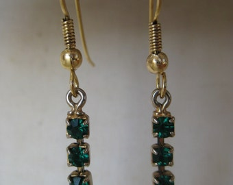 Green and Gold Dangle - vintage earrings