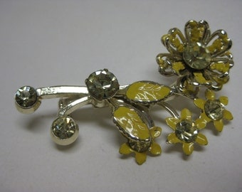 Yellow and Gold Flower - vintage brooch