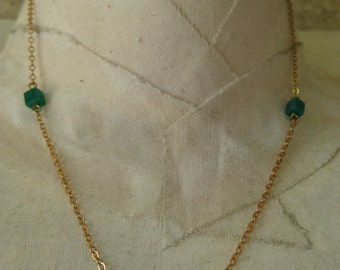 Gold through 3 Green Cubes - vintage necklace