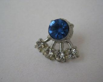 4 Clear 1 Blue Twinkle - vintage tie tack