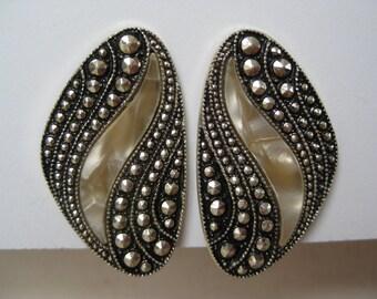 Super Cool - vintage earrings