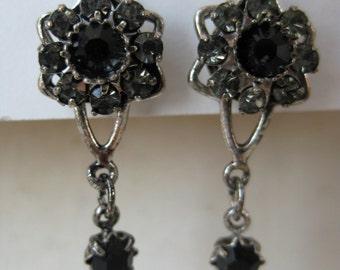 Black Gray Flower Earrings Dangle Rhinestone Vintage
