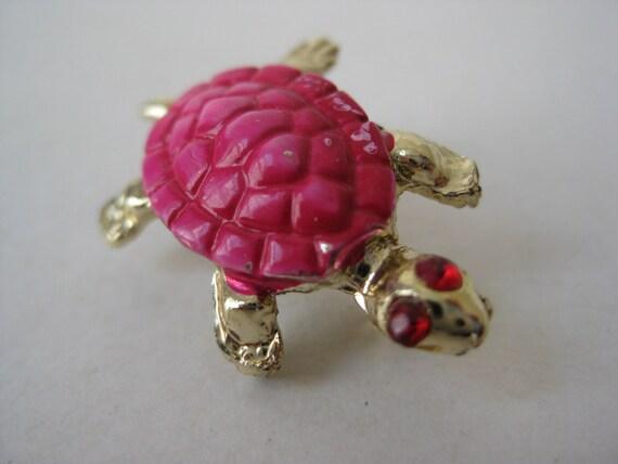 Turtle Pink Brooch Gold Rhinestones Pin Vintage