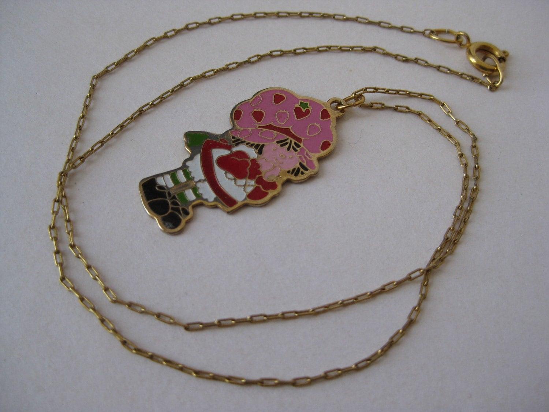 Strawberry shortcake vintage necklace by vintagejewelryalcove for Strawberry shortcake necklace jewelry