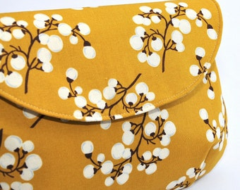 MUSTARD YELLOW COTTON /// Printed Addy Wristlet