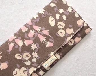 WOMEN'S WALLET // Floral Wallet, Women's Wallet, Gray wallet, Floral, Floral Accessories, Flowers