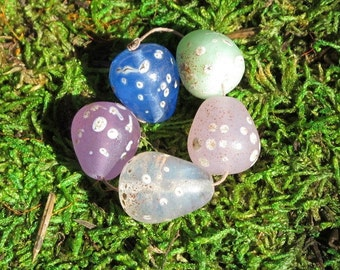 5 Pastel Lampwork Glass Miniature Egg Beads