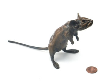 Sprightly mouse bronze sculpture 7 and a bit inches nose tip to tail tip. Objet d'art metal ornament and luxury paperweight.