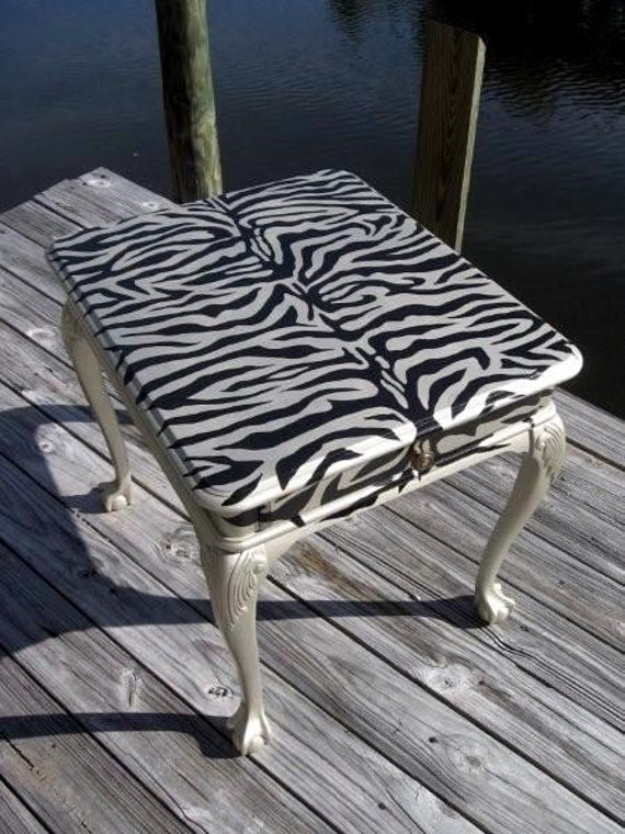 hand painted zebra print george ii style coffee side. Black Bedroom Furniture Sets. Home Design Ideas