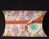 Large Pillow Gift Box with Flower Tag