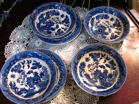 6 Pieces Japan Blue Willow Bowls and Plates, Blue and White Dishes
