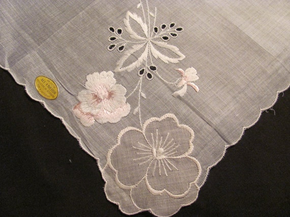 Lovely Vintage Hanky from Switzerland, Cutwork and Embroidered  Scalloped Hanky