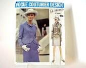 UNCUT Vintage 1960's Vogue Suit Sewing Pattern, Vogue 2114, Bust 36 Inches