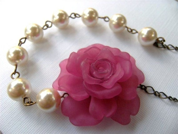 Necklace Vintage Style Pink Peony and Pearl