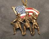 Vintage Patriotic Pendant Necklace P4495