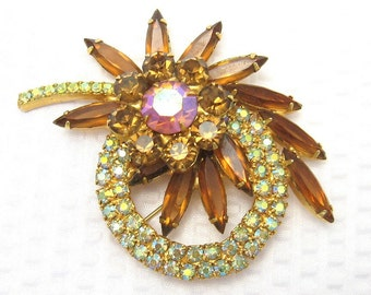 Vintage Rhinestone Brooch Exceptional D&E Juliana Jewelry P2220
