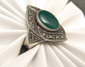 Vintage Sterling Marcasite Ring Green R3538