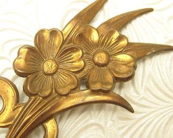 Vintage Brooch Heart Flower Brass Retro 1940s Jewelry P3774