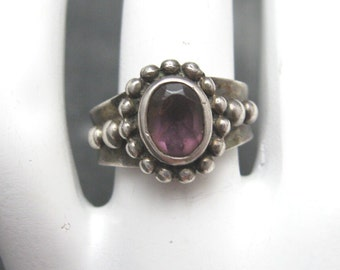 Sterling Amethyst Ring Vintage Purple Jewelry R3916