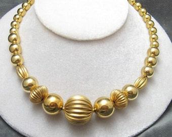 Vintage Bead Necklace Napier Jewelry N3987
