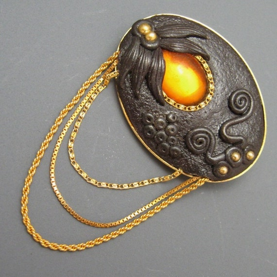 Unique Art Nouveau Revival Pin Amber Brown P1720