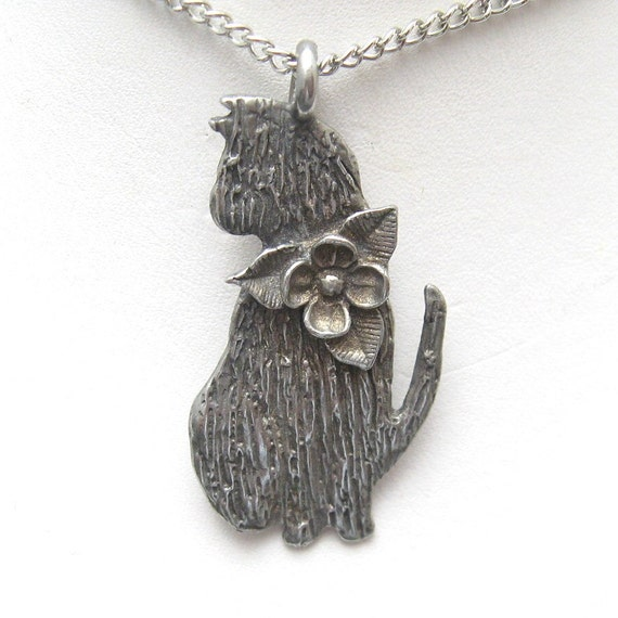 Adorable Kitty Cat Necklace N2212