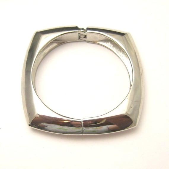 Vintage Bracelet Square Clamper Bangle B3319