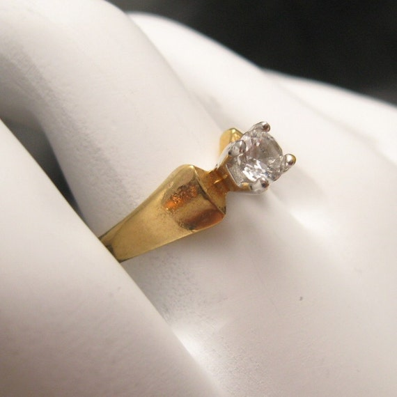 Vintage Solitaire Ring R3550