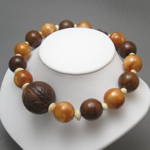 Vintage Necklace Coil Choker Chubby Wood Beads N1042
