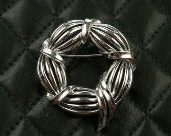 Lisner Silver Tone Brooch