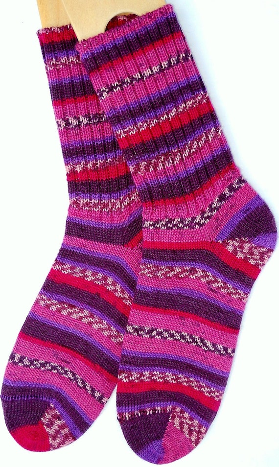 FREE SHIPPING - Hand knitted socks women MEDIUM size - Raspberry