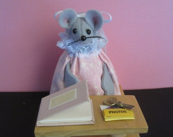 Felt Mouse working on her Scrapbook. DISCONTINUED