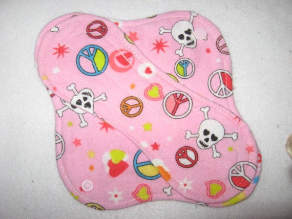 Cloth pantyliner 8 inch with skulls