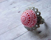 Mosaic Dome Red and White Filigree Ring