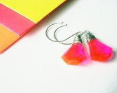 Neon Pink Orange Earrings Geometric Faceted Vintage 80's Dangles Sterling Silver Wire Wrapped