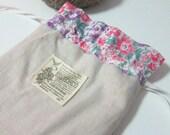 Natural linen drawstring kinchaku pouch - Pastel floral lawn