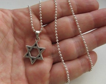 Classic Mens Star of David Pendant Necklace Sterling Silver