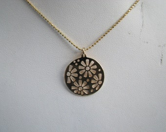 Cutout Gold Daisy Flower Charm Pendant Necklace - Spring Time