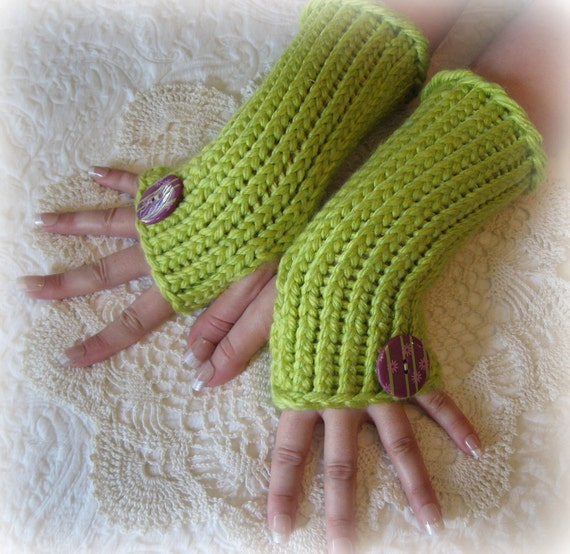 Fingerless Gloves...Arm Warmers...Loom by MasqueradeMercantile
