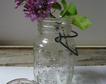 Little 70s Mason Jar with Etched Flowers
