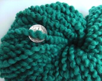 Hand dyed yarn thick and thin yarn coil spun yarn bulky yarn wool yarn teal blue - 40 yards - Teal