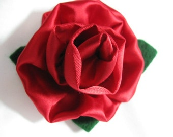 Red Rose Brooch