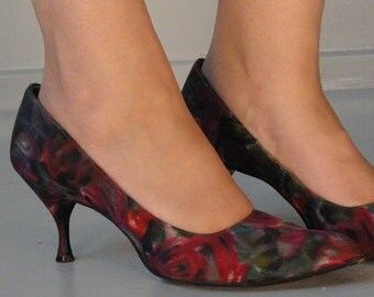 Floral Fabric Covered Vintage Pumps Shoes 1950s Size 7 1/2