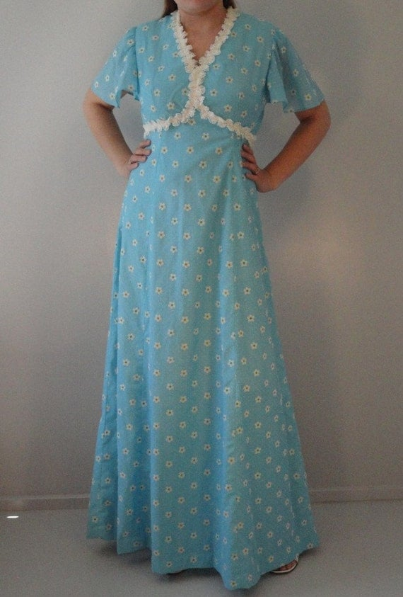 Baby Blue Vintage Maxi Dress with Flocked Dots and Daisies